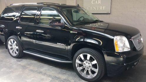 GMC Yukon Denali HYBRID 8-Seater SUV